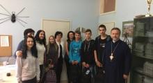 Коло српских сестара и СПЦ у посјети нашој школи