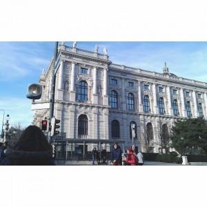 Зграда опере у Бечу