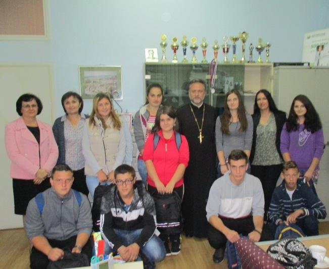 СПЦ и Коло српских сестара у посјети нашој школи