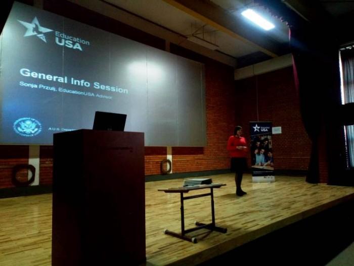 Предавање о могућностима студирања у САД-у